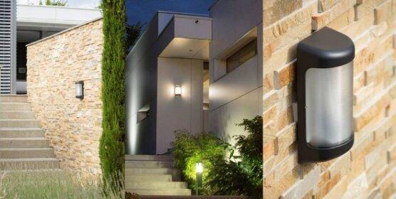 Moderne Aussenleuchte Loko aus Frankreich von Roger Pradier Lampen Manufaktur. Diese klassische Außenleuchte im Landhaus Design unterstreicht die Architektur von klassischen und mediterranen Häusern.