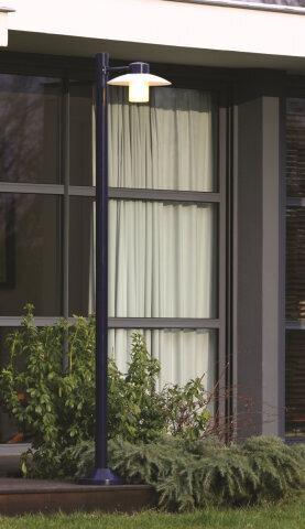 Aubanne Nr. 4 moderne Gartenlampe von Roger Pradier