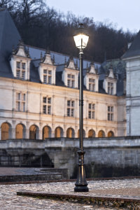 klassik-leuchten.de: 08. Avenue 4 klassische Außenleuchte 08 von Roger Pradier Saint Maur